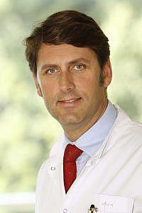 Prim Dr TJ von Oertzen FRCP