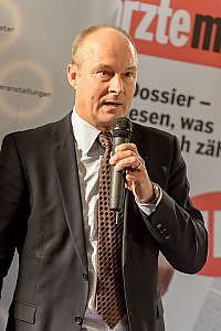Thomas Zembacher bei seiner Eröffnungsrede