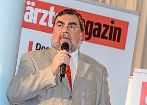 Dr. Hans Wenzl, Chefredakteur ärztemagazin Foto: Marko Kovic